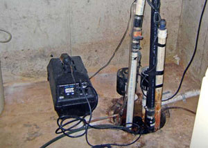 Pedestal sump pump system installed in a home in Dundas